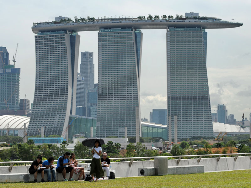 Le marina bay sands ouvre ses portes urbanews for Marinal piscine