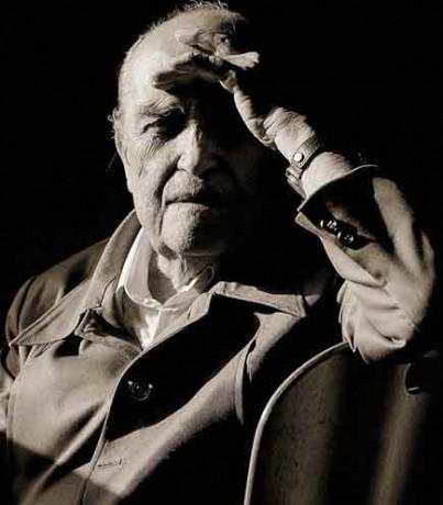 L'architecte Oscar Niemeyer, 103 ans, travaille encore à plusieurs bâtiments