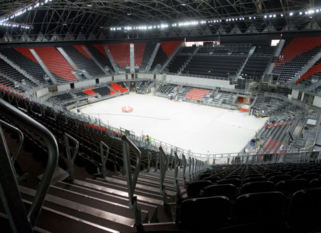 Une nouvelle salle pour l'ASVEL - Page 3 Basket-arena-londres2012-inside