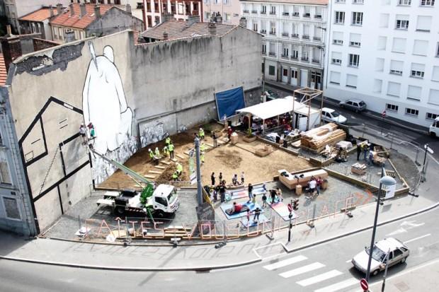 Place au changement, Saint Étienne, 2001,  © collectif etc