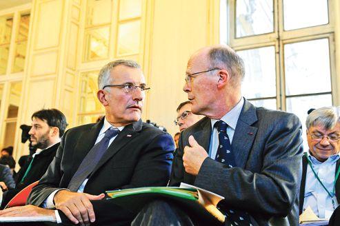 Le président de la SNCF, Guillaume Pepy (à gauche), et son homologue de RFF, Hubert du Mesnil, en décembre dernier, à Paris, lors des Assises du ferroviaire.