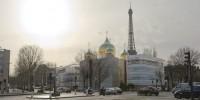 Une église pas si orthodoxe dans le ciel de Paris