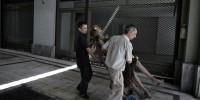Dans Athènes l'inhabitée, des immeubles désertés attendent le réveil