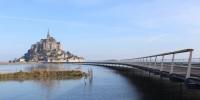 Le Mont-Saint-Michel s'offre un pont-passerelle