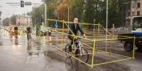 Bike vs. Car : quand les cyclistes dénoncent la place occupée par l'automobile