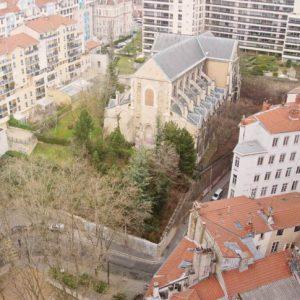 Église Saint-Bernard - Lyon - Le parvis actuel