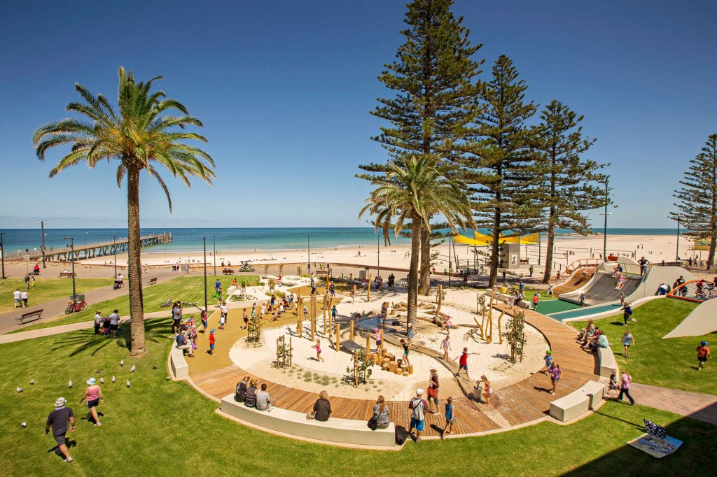 Glenelg Foreshore Playspace - WAX Design - © Sweet Lime Photo