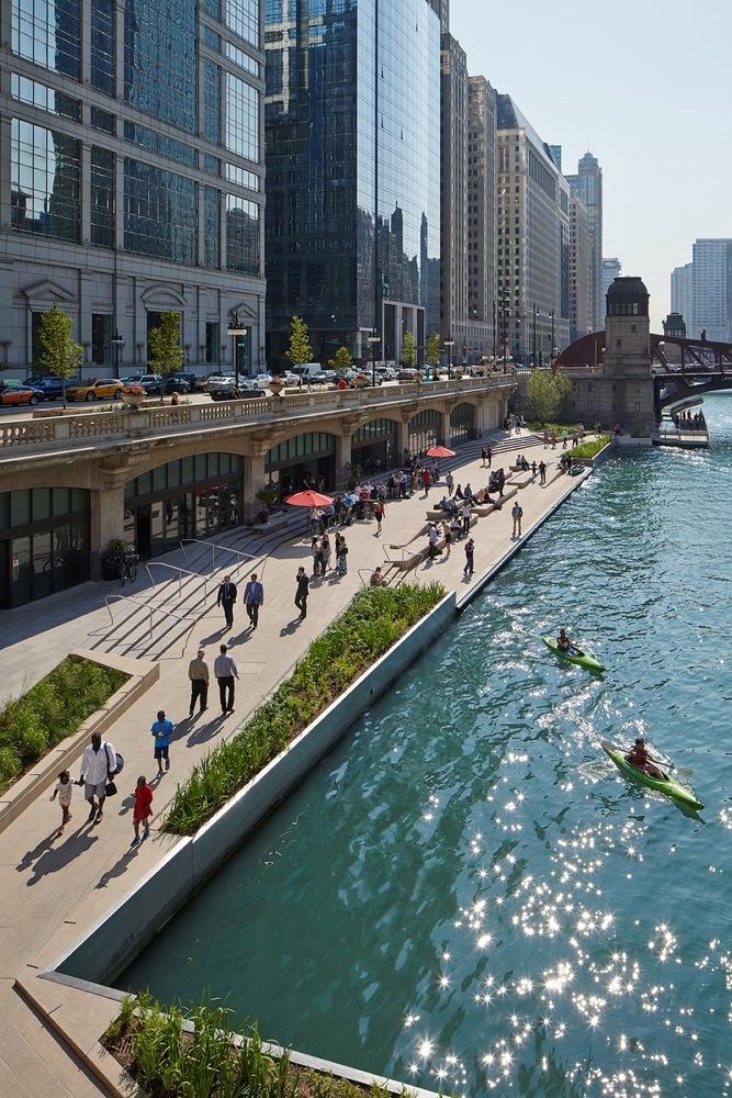 Chicago Riverwalk / Chicago Department of Transportation © Kate Joyce Studios