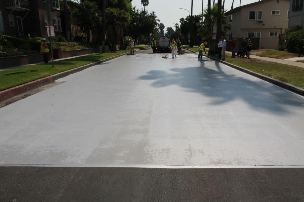 Des rues plus claires pour lutter contre les îlots de chaleur ?