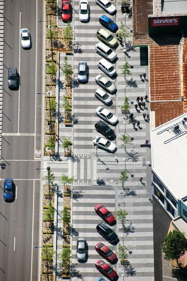Faire abstraction des différents modes pour partager l'espace ? Londsale Street - John-Gollings