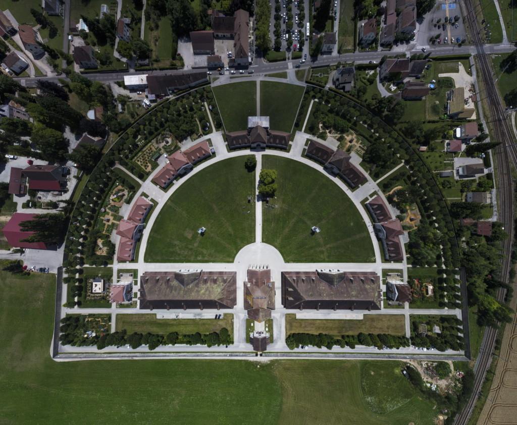 Arc-et-Senans : la Saline royale vue du ciel © Archives ER/Lionel VADAM